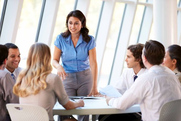 A leader should Communicate Properly