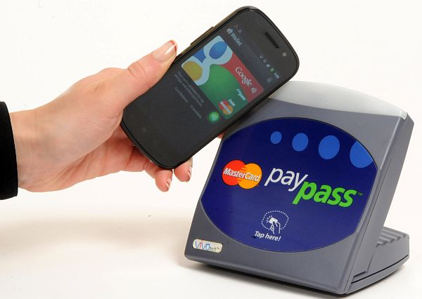 MasterCard Photo Credit: Bob Goldberg/Feature Photo Service