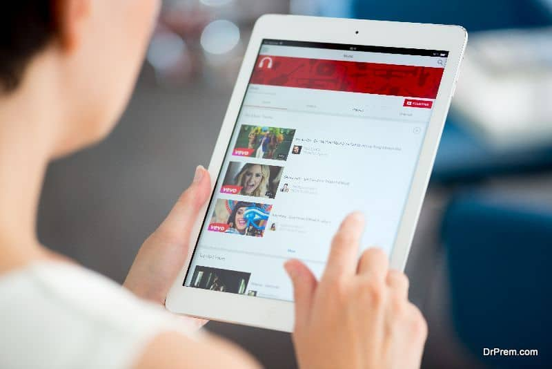 Online entertainment-