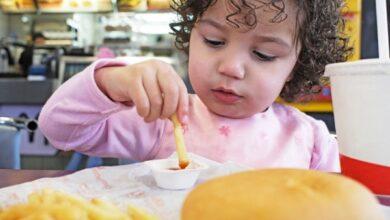 junk_food_is_not_good_for_children - Dr Prem