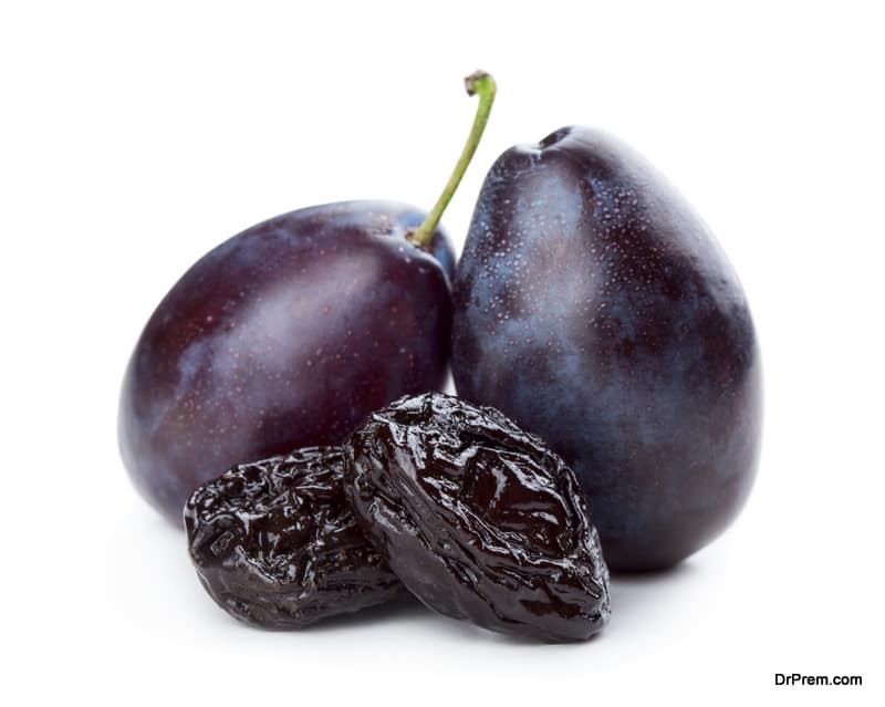 Prunes-can-be-highly-useful-in-overcoming-osteoporosis