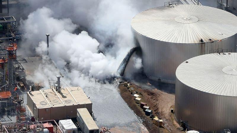 Husky-Energy-Refinery-Explosion-in-Wisconsin