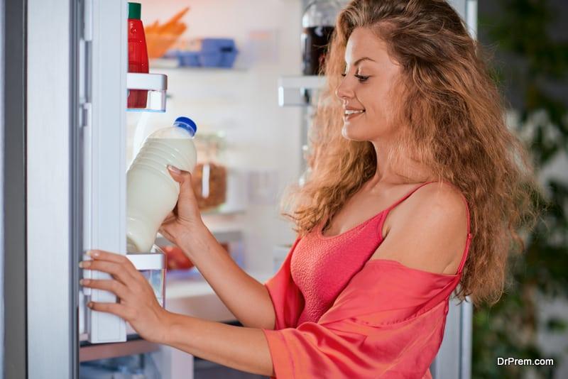 Organize the refrigerator