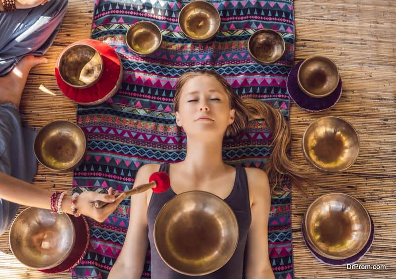 singing-bowl-therapy