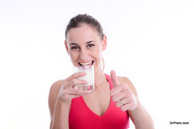 Is-milk-drinking-healthy-for-adults