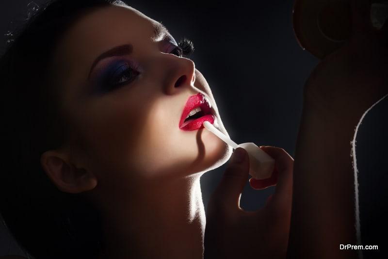 Extra dark lip liner