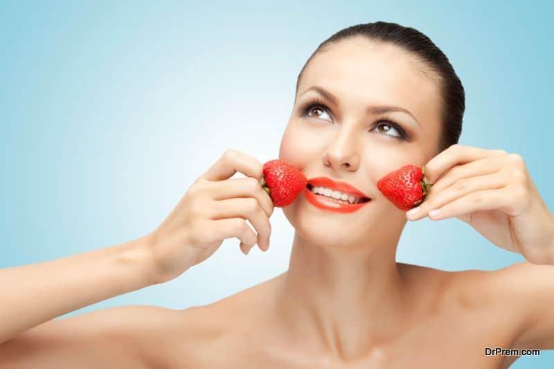 Yogurt strawberry facial mask