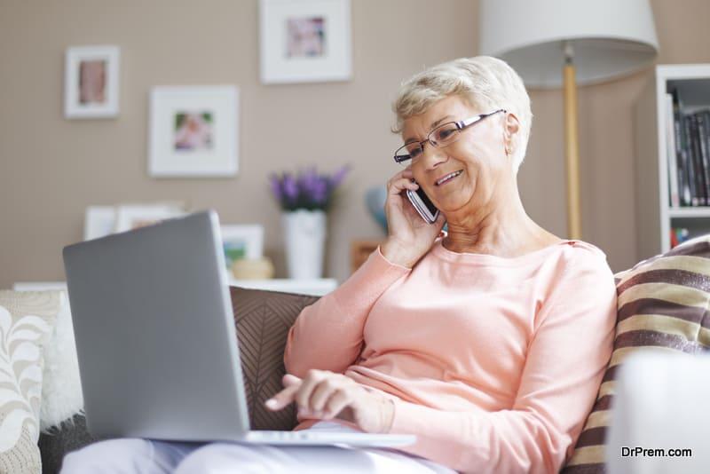 senior woman doing remote job