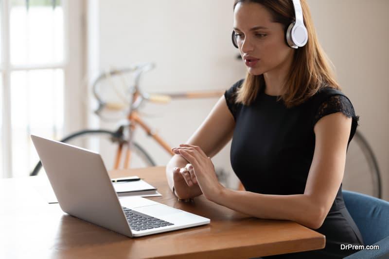 woman using Wireless headphones