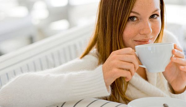 woman-drinking-tea-coffee-628x363
