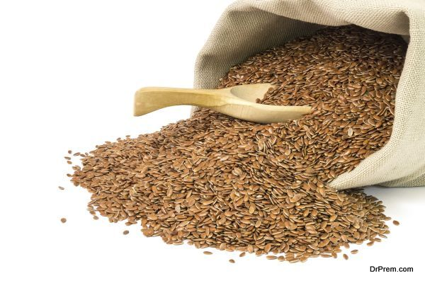 Sack with linseed and spoon