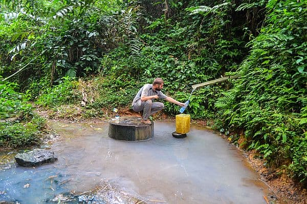 collecting-water-in-the-jungle