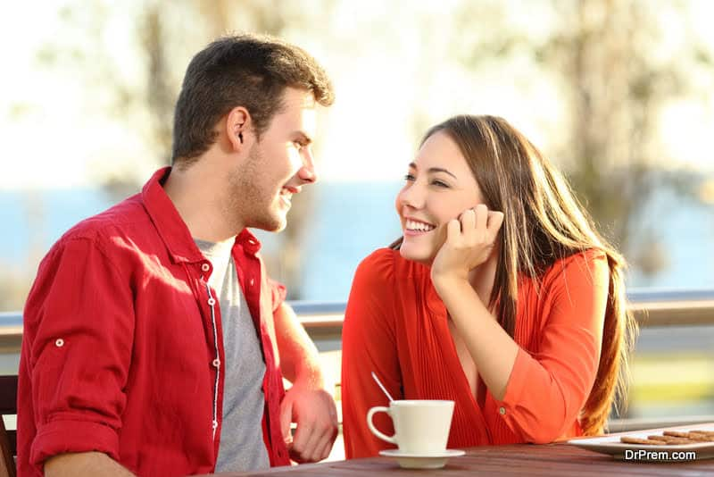 Subtle body language signs that humans use while flirting