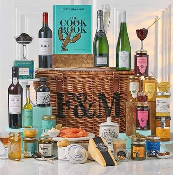 cookbook picnic hamper