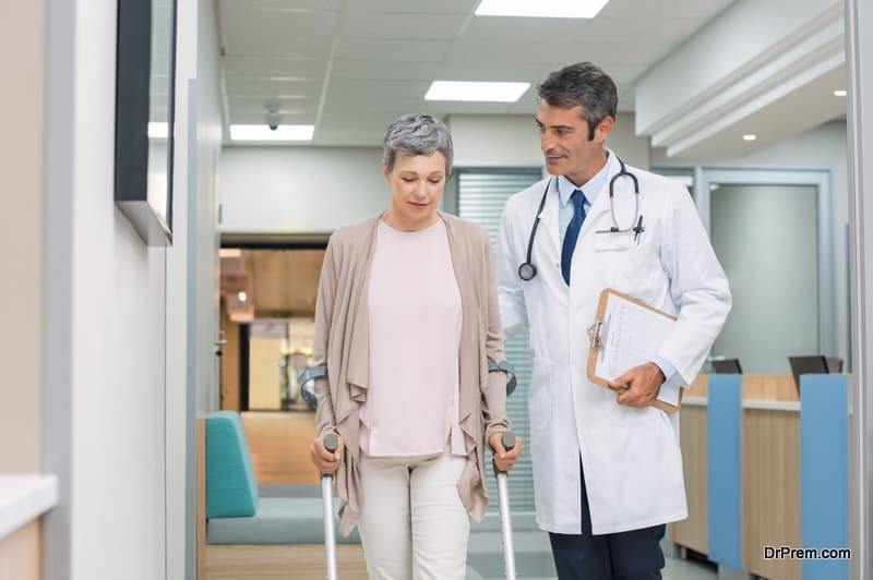 middle-aged-woman-visiting-local-doctor
