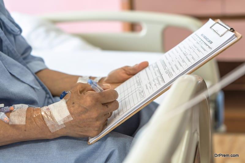 senior citizen on medical tourism