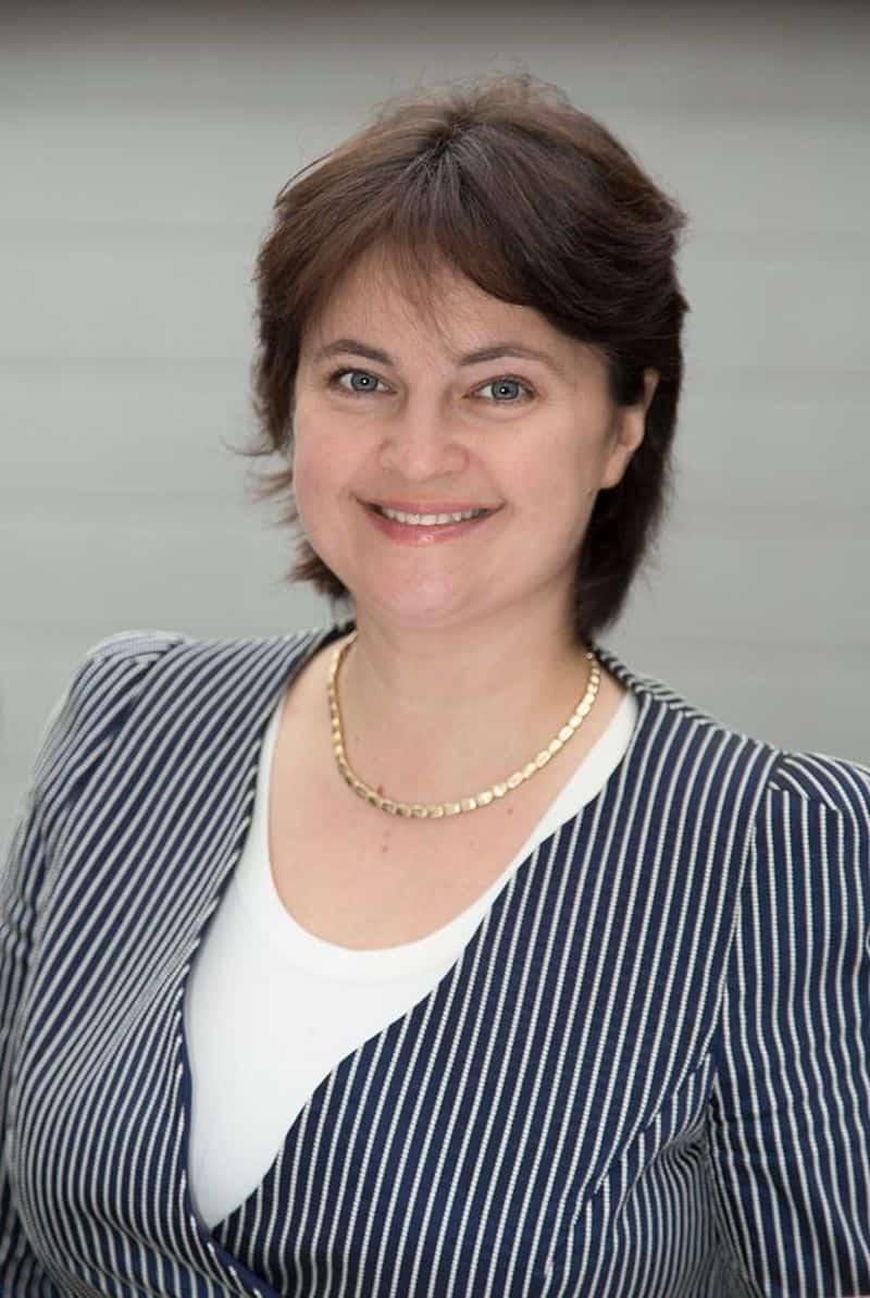 Dr Anna Weegen - DeutschMedic GmbH, Director