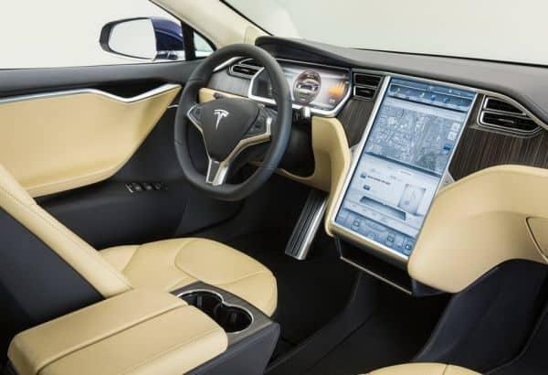 Luxury-Tesla-Model-S-Interior-with-GPS