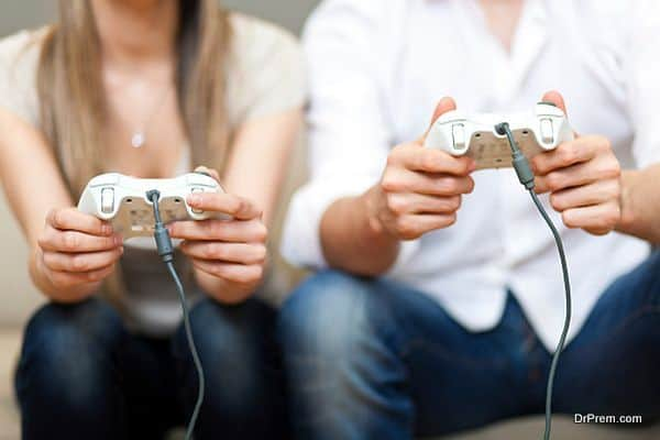 couple playing video game