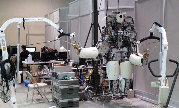 hydra robot design
