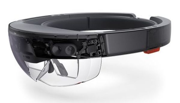Microsoft HoloLens champion of VR