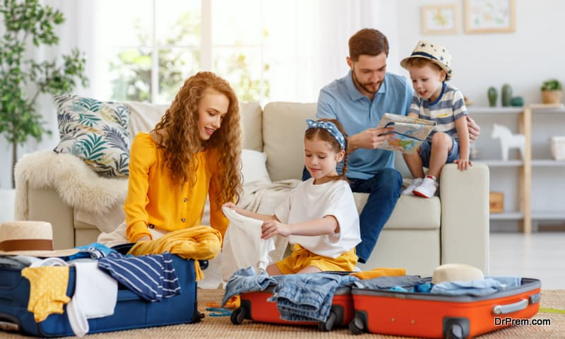 family-packing-belongings-for-a-holiday-trip
