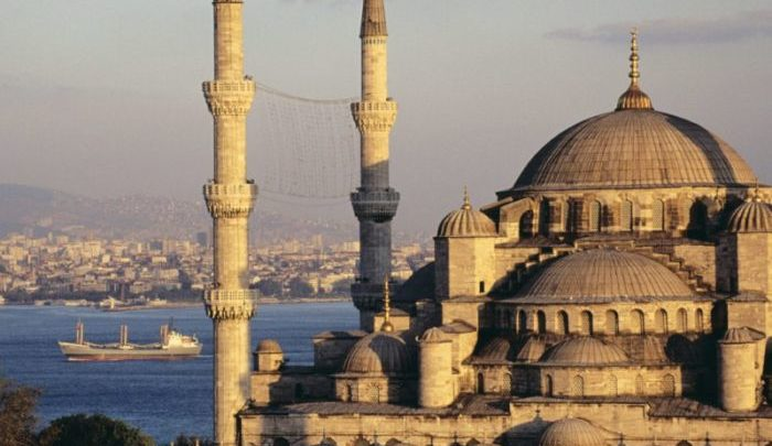 Find out the modern and ancient sites Istanbul, turkey