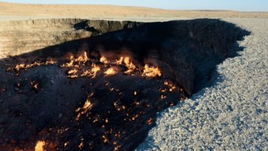 Photo of Tourism to the 'Door to Hell' in Karakum desert