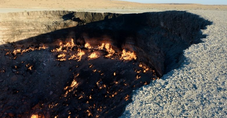Door-to-Hell'-in-Karakum-desert