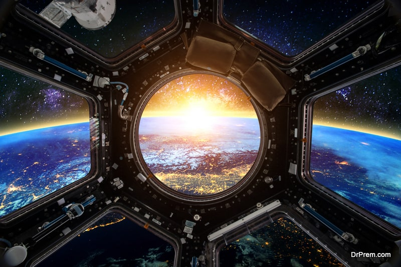 Experiencing space through the window