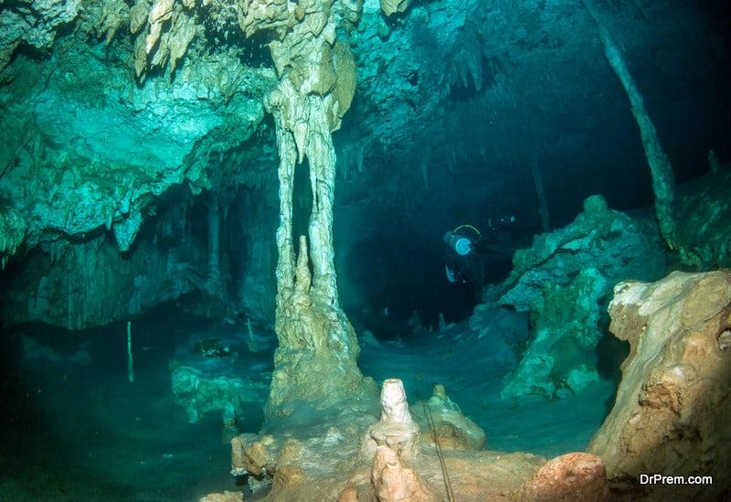 Cenotes Dos Ojos