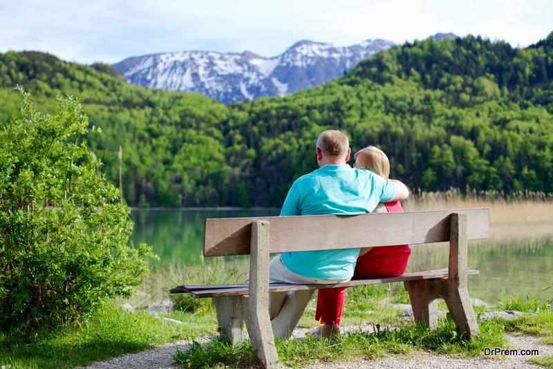 senior couple on sustainable tourism