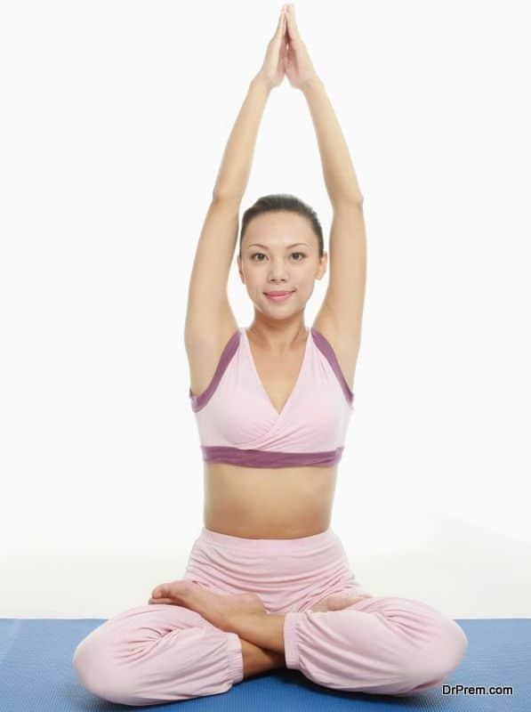 woman doing Yoga Pilates