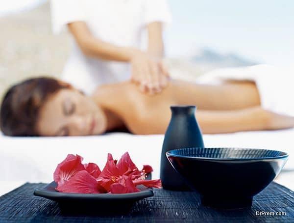 massage during wellness tourism