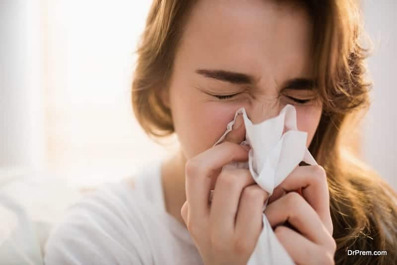 Symptoms of cold and flu appear