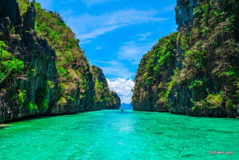 Philippines-as-an-ideal-beach-vacation