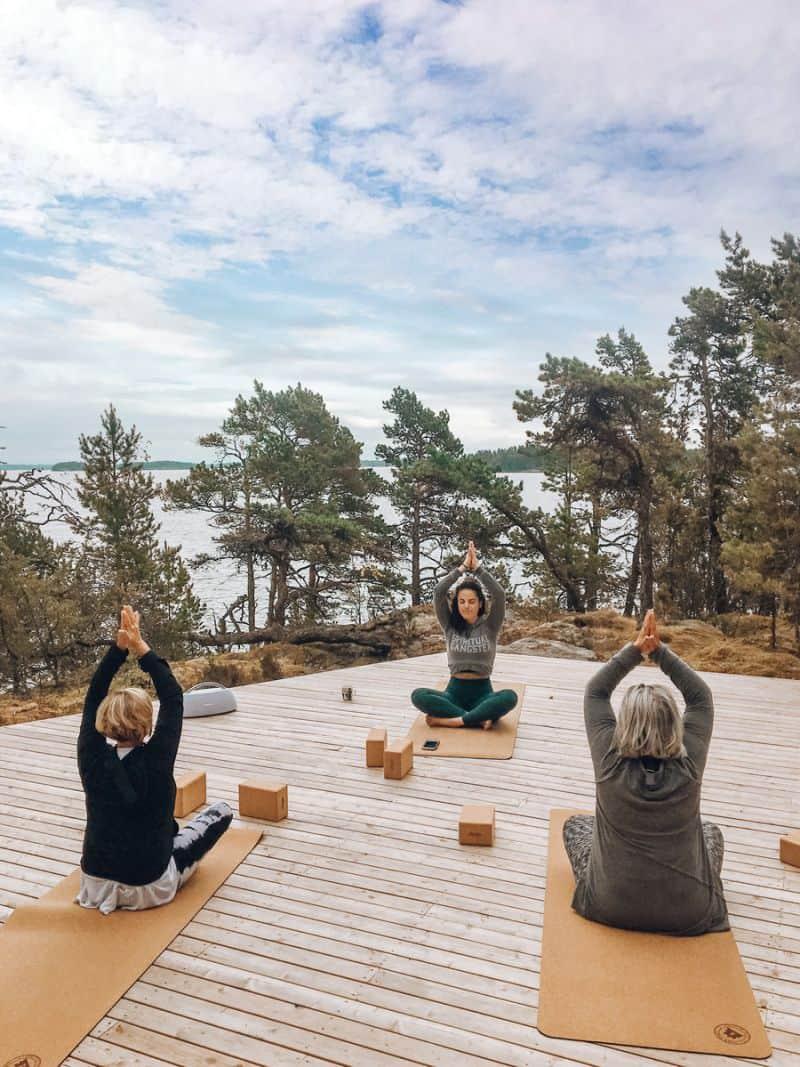 Super She Island, Finland