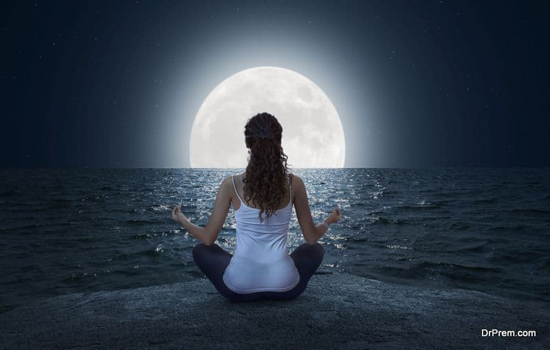 practice of worshiping the moon