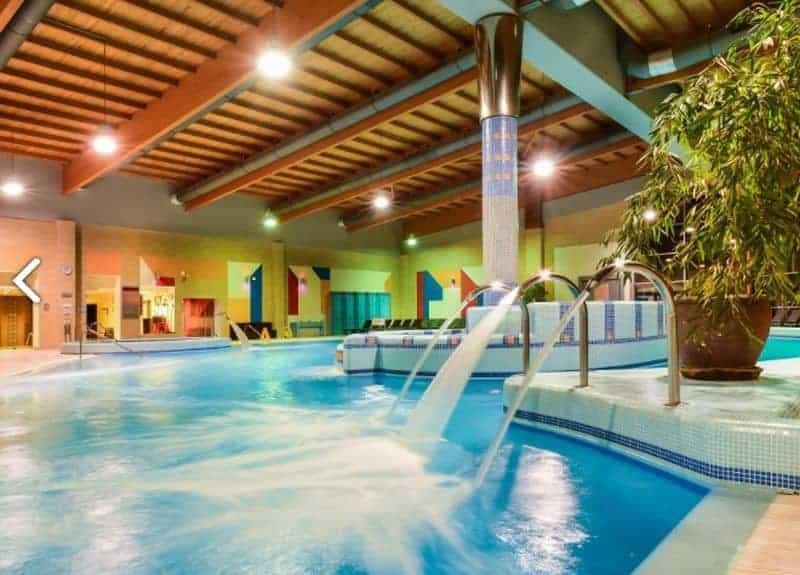 Hotel Azur, Hungary