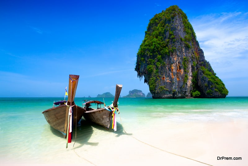"""Phuket plans to launch """"Safe and Sealed"""" tourism"""