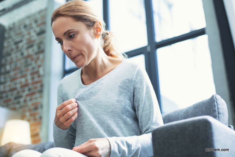 woman-entering-menopause