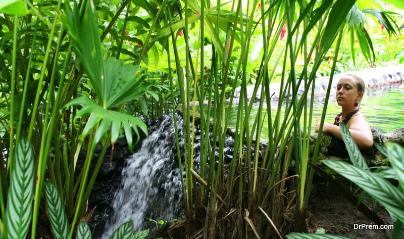 tropical-hot-spring-costa-rica